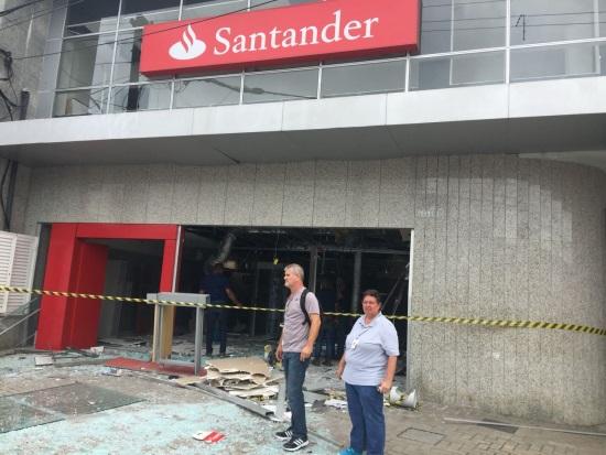 santaCaxias_explodido